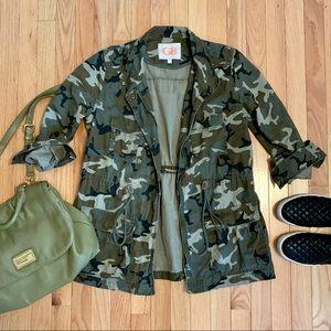 GB Army Style Camouflage Jacket Size M